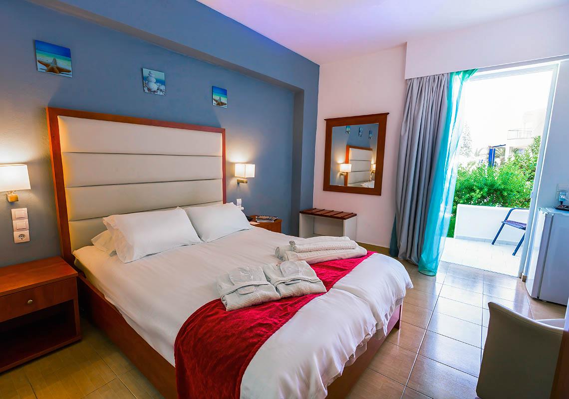 rethymno crete hotel rooms- Rethymno Residence Aqua Park & Spa